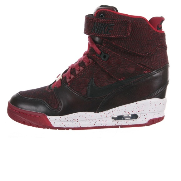 04a22719da Nike WMNS AIR REVOLUTION SKY HI QS (LONDON)